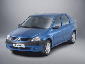 1004609 renault logan04 av 300x225 Многоликий автомобиль