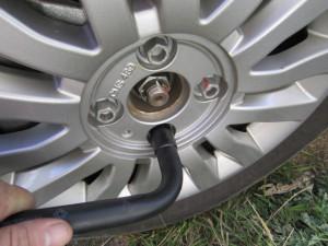 поменять тормозные колодки
