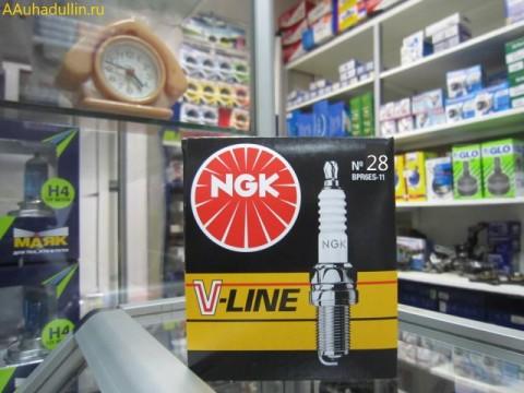как менять свечи зажигания Рено Логан, NGK V-Line № 28